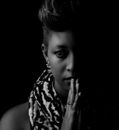 Kenyan Portraiture Photographers :: Lucille Kemmy Kemunto Blogger