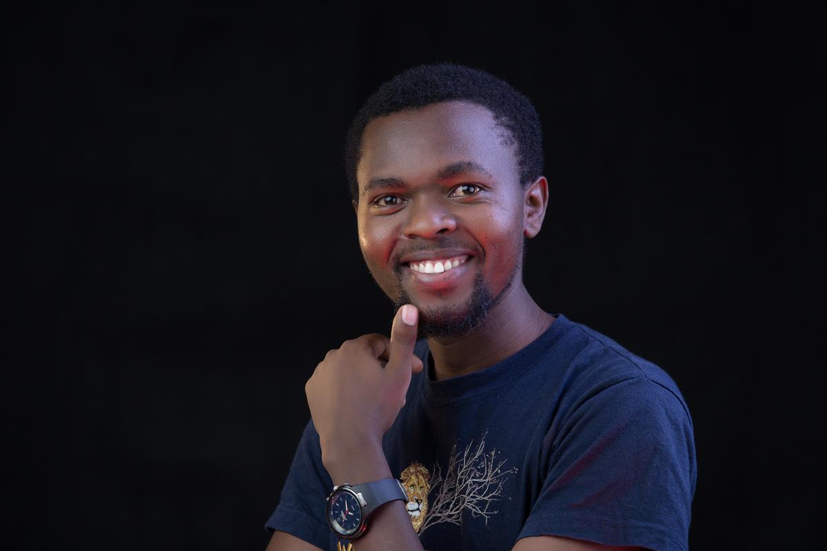 Lamech Mutava of imagine arts africa