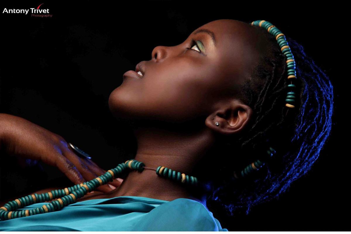Creative Lifestyle Studio Photographers :: Kenyan Portrait Light Direction