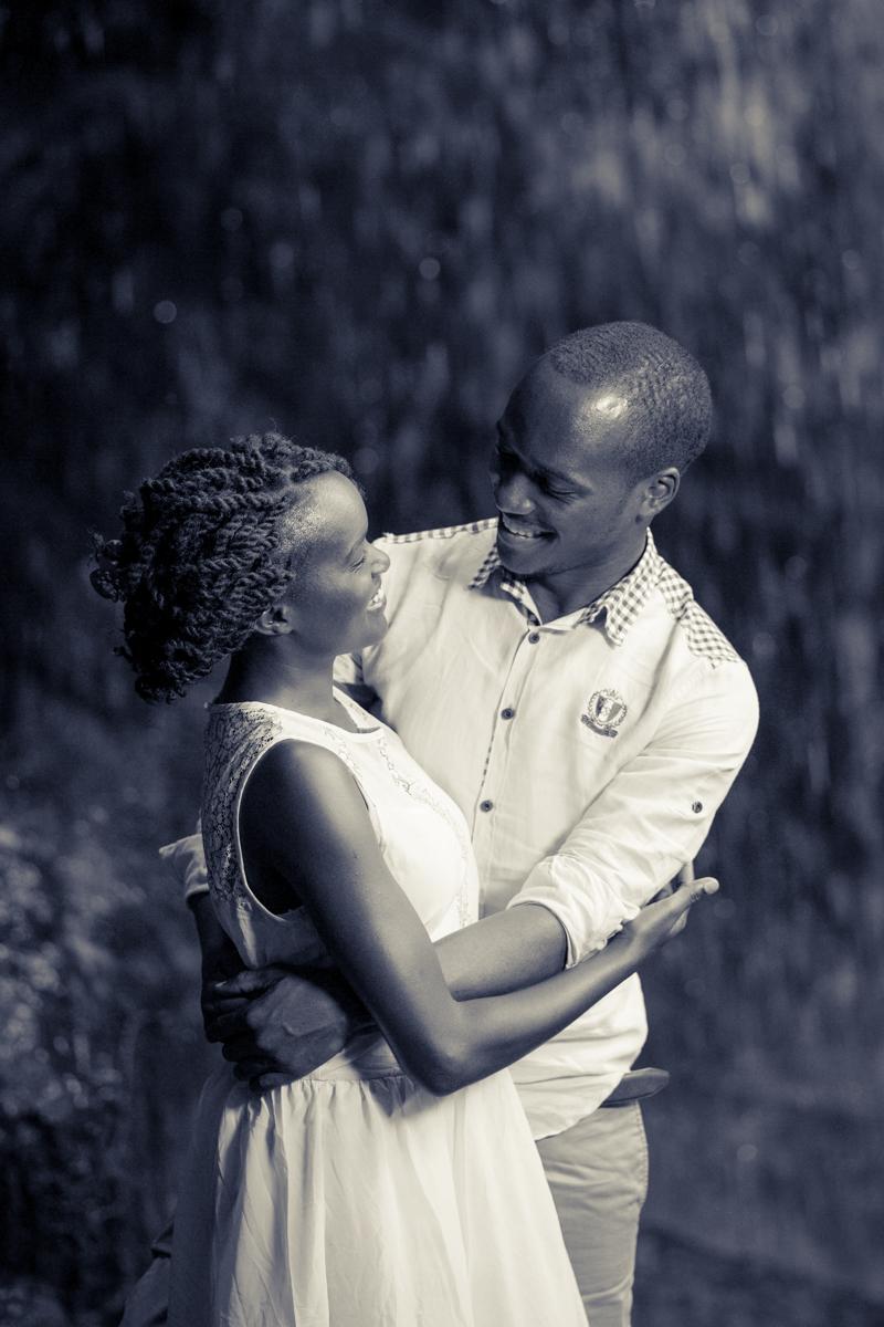 Ruth & Isaac :: Nairobi Kenya Paradise Lost Engagement