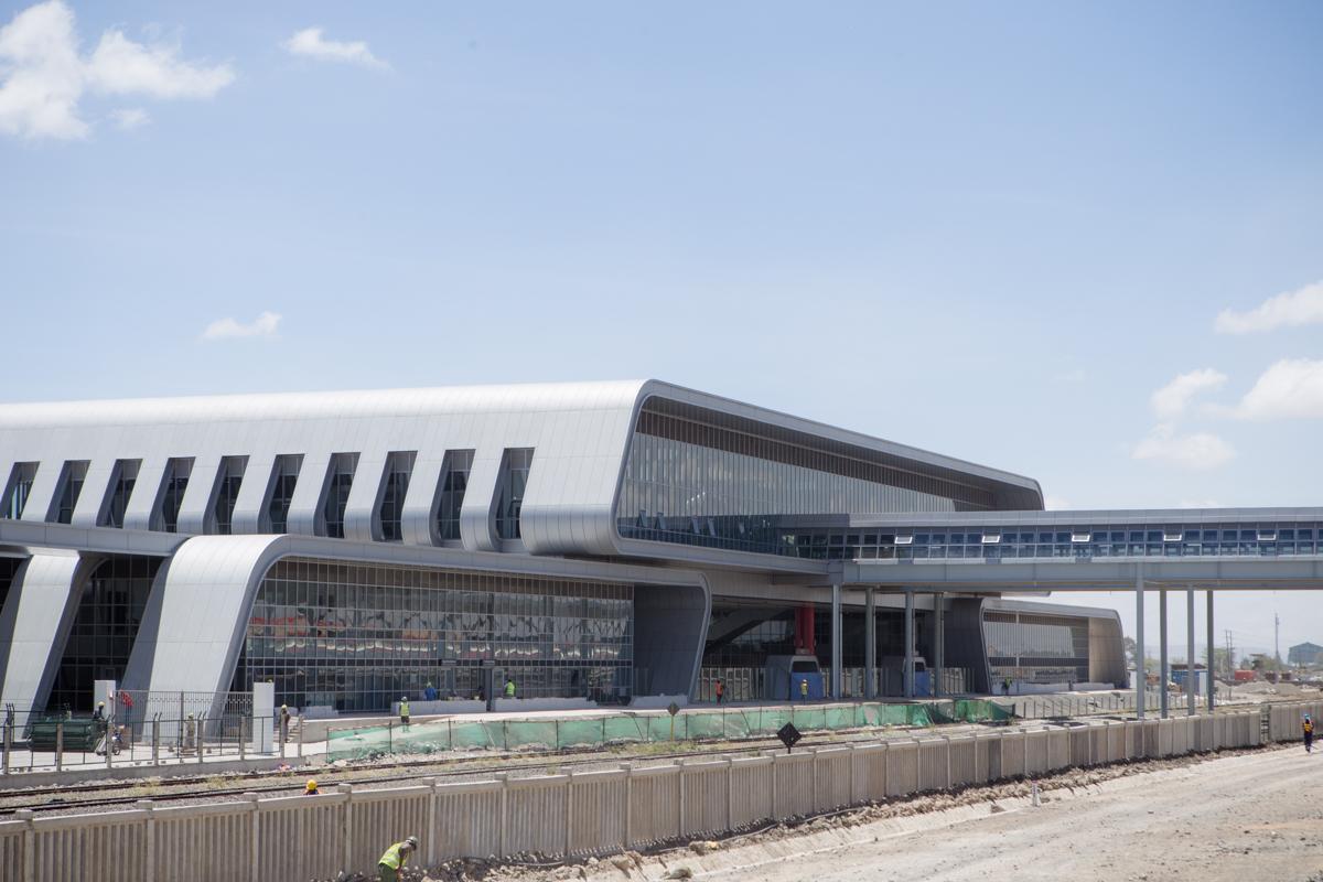 Mombasa Nairobi Kenya Railways :: Madaraka Express Train Service