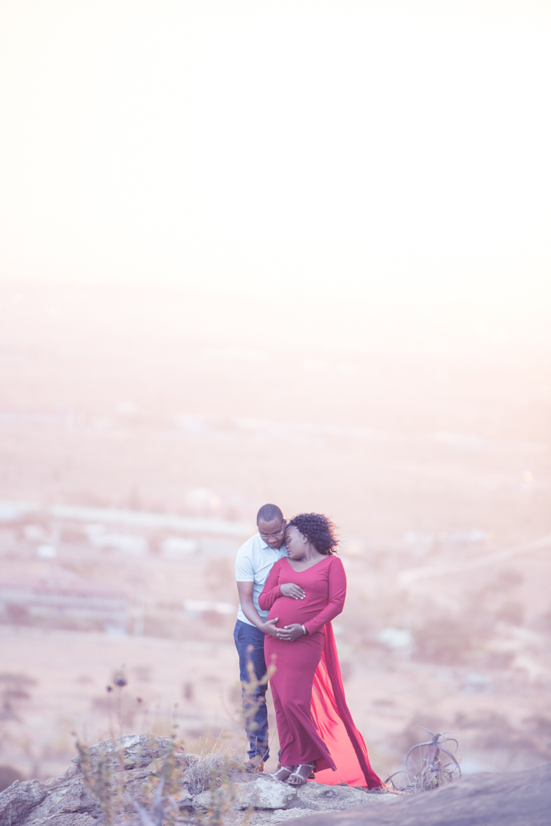 Rose & Rick :: Lukenya Hills Kenyan Baby Bump Photos