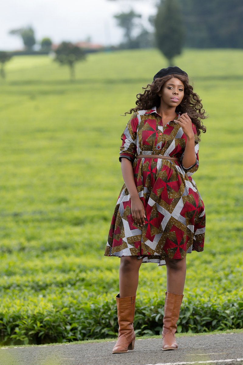 Countryside Girls Tea Plantations :: Kiambu Limuru Roadside Photoshoot