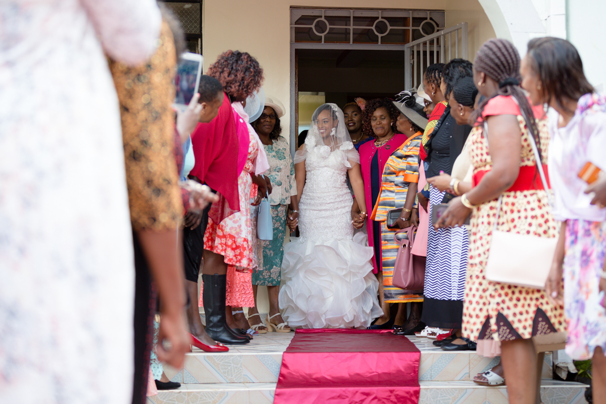 Bride morning blessings before leaving home by parents