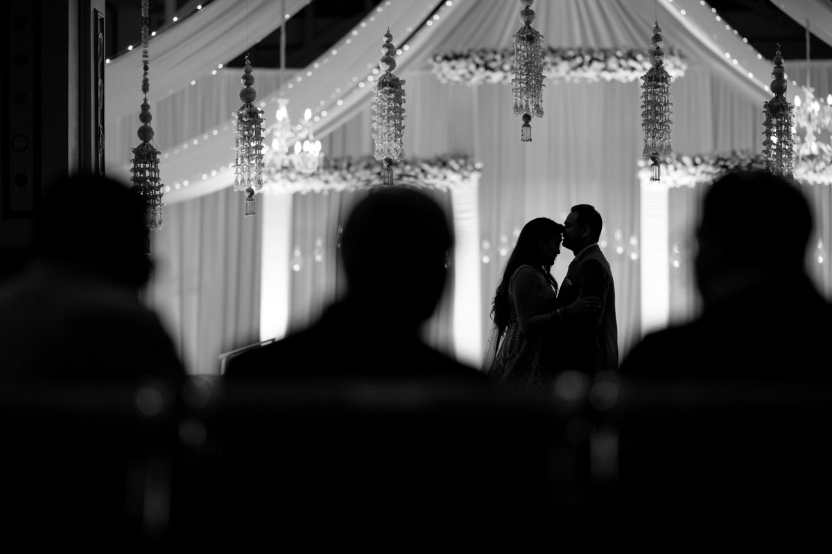 Akshee & Paras :: Visa Oshwal Community Kenyan Indian Wedding