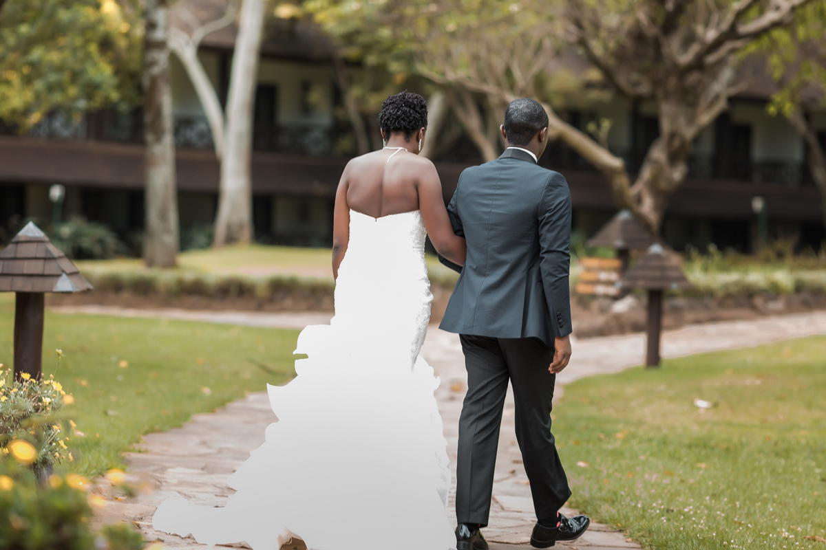 Catherine & Simon :: Safari Park Hotel & BTL Ruiru Wedding Photography