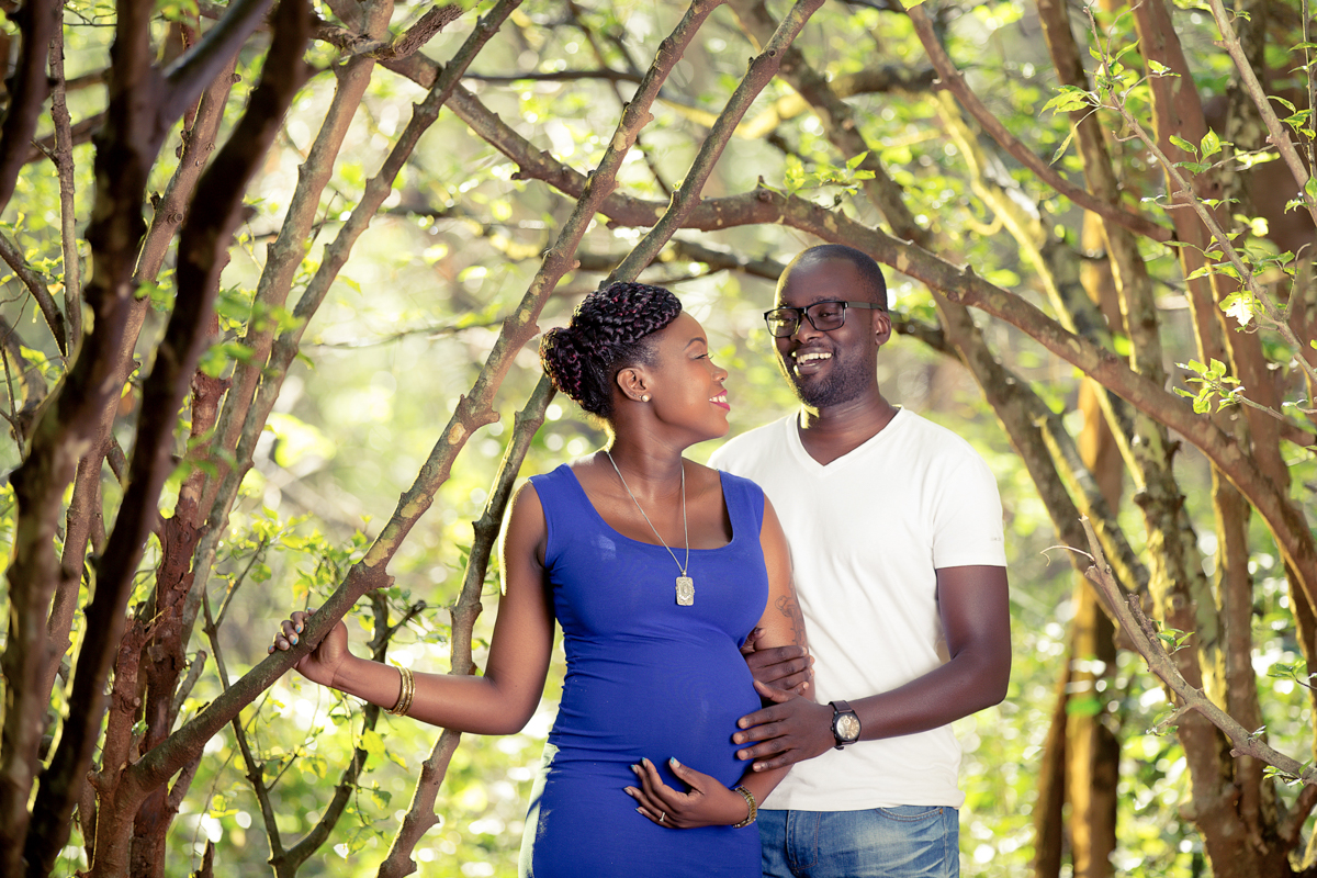 Kenya Pregnancy Photography Sessions :: Nairobi Arboretum Baby Bump