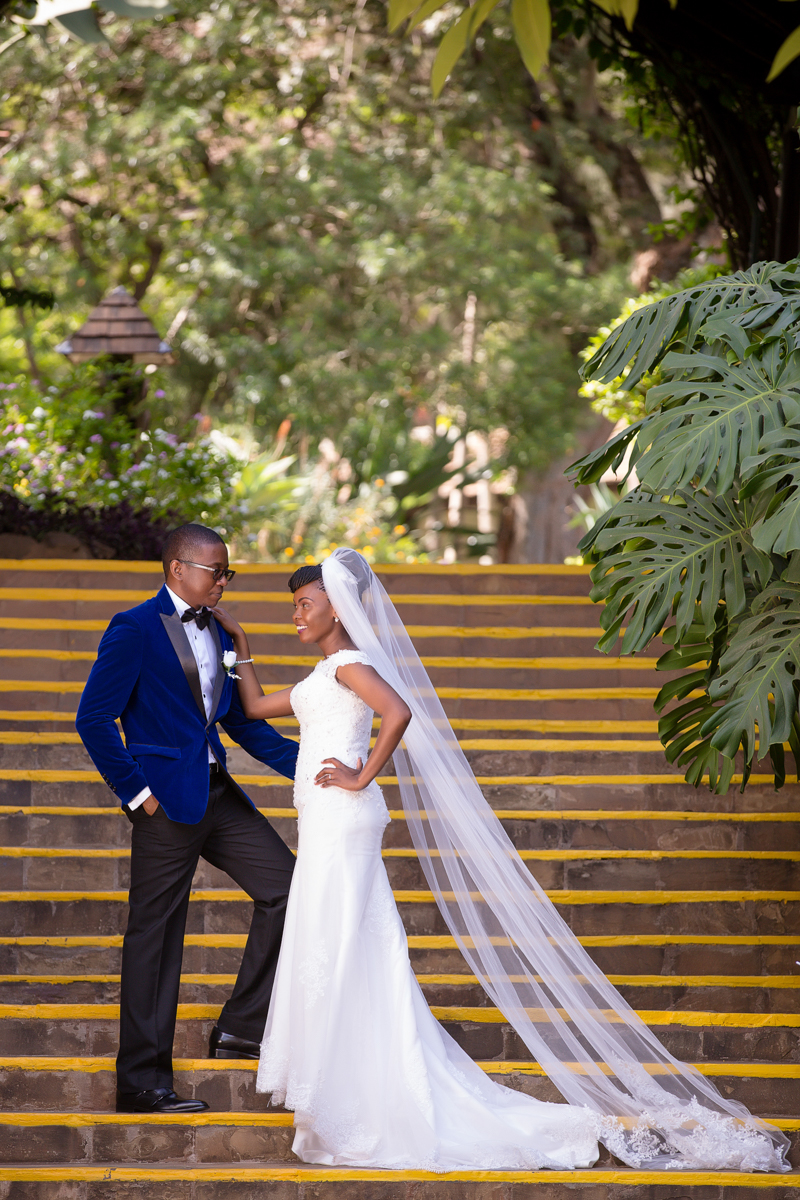 Safari Park Hotel & Casino :: Kenyan Zimbabwean Wedding Photography