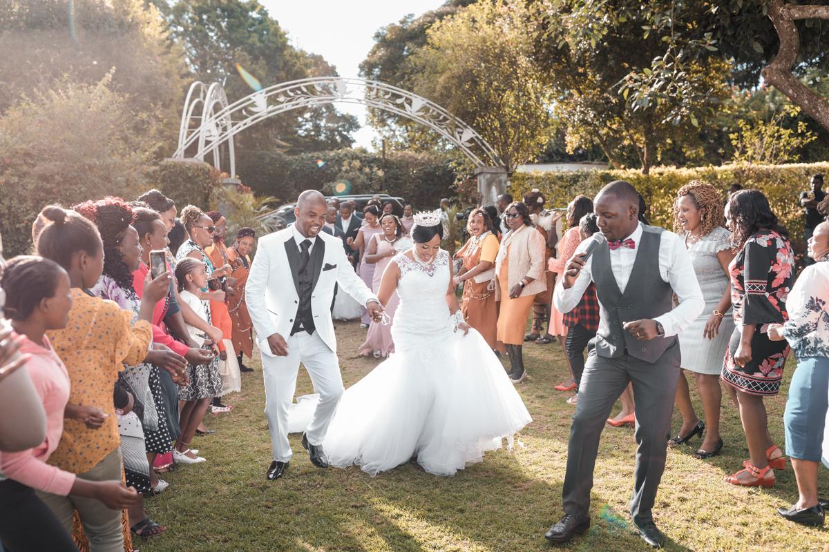 Joyce & Francis Wedding :: Fuchsia Gardens @ Eldo Farm