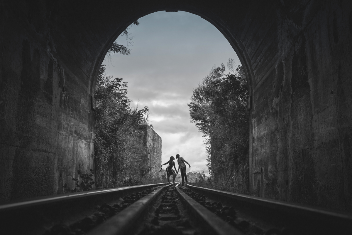 Lilian & Ericson :: Buxton Train Tunnel Engagement
