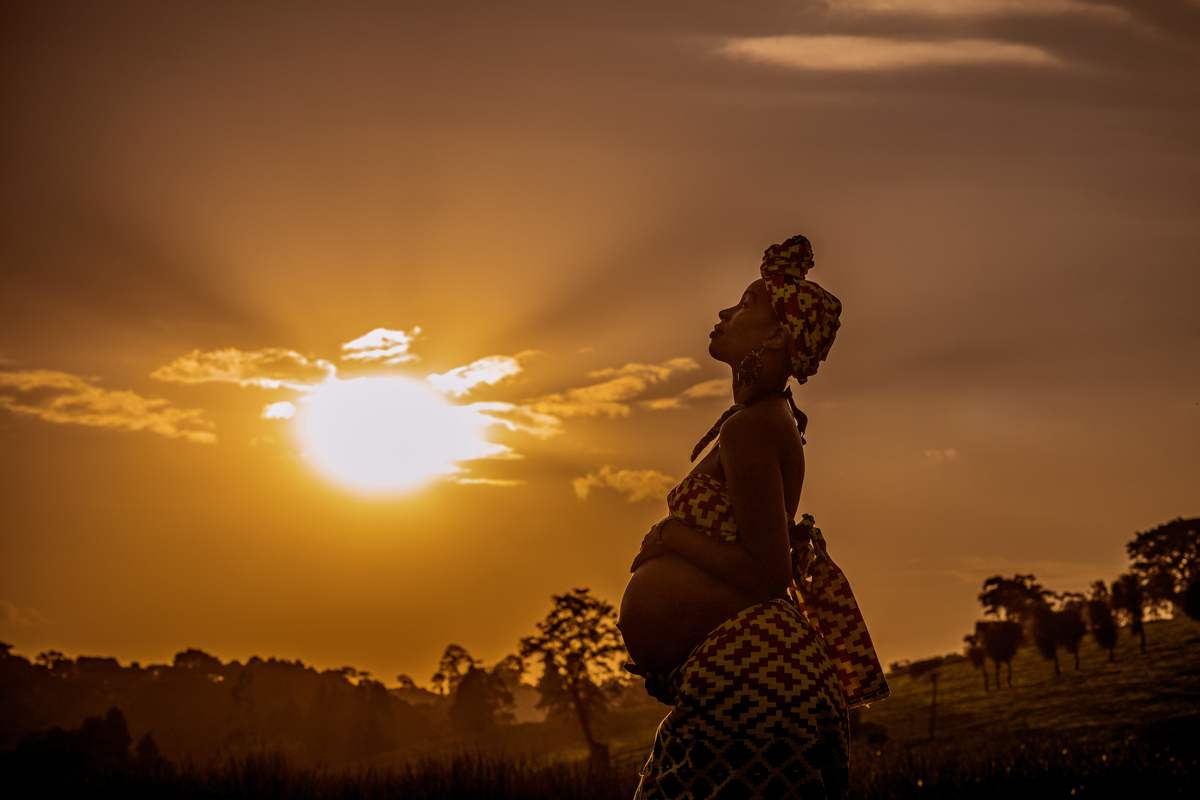 Kenyan Kanga Leso Maternity :: Tea Plantation Baby Bump