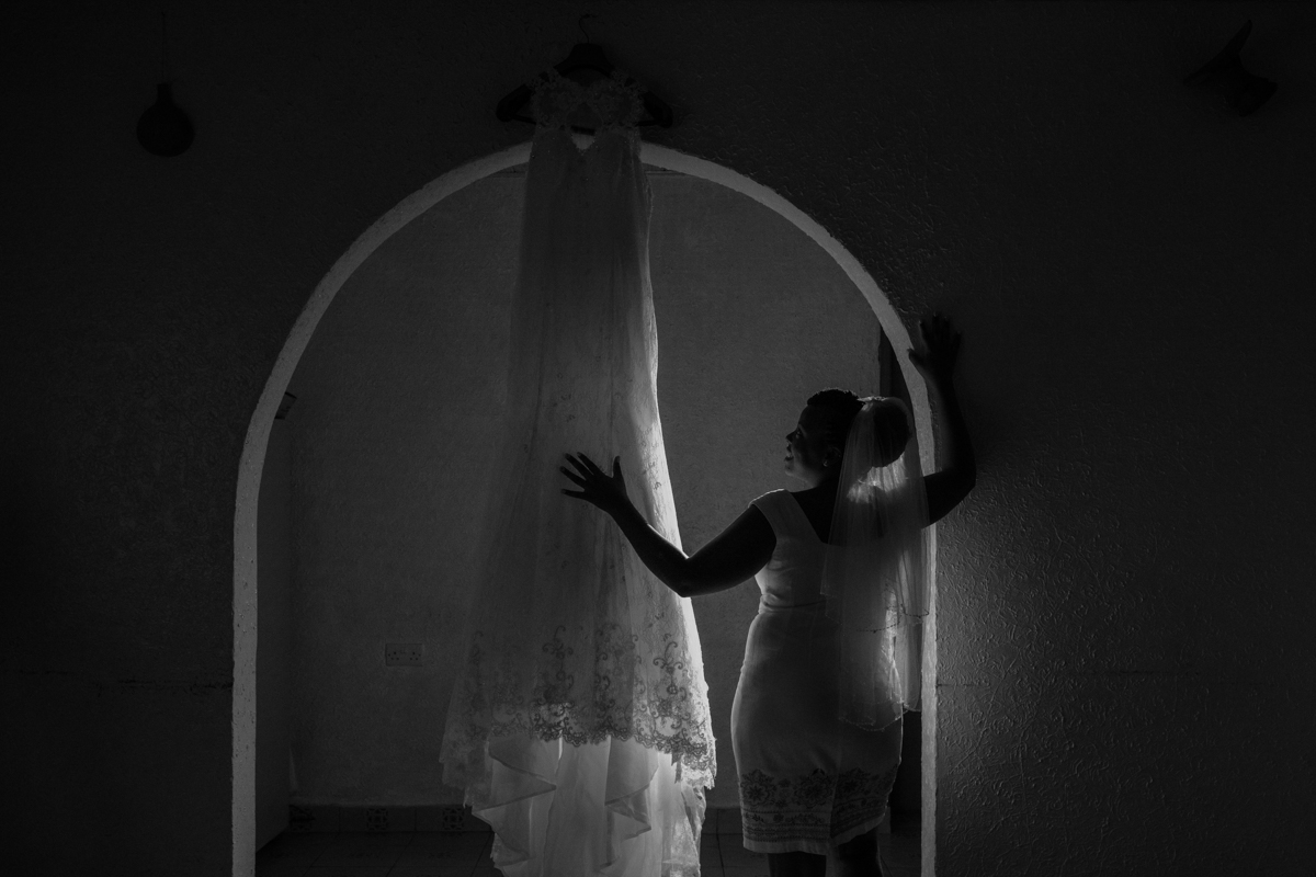 Wedding Gown check Out By Bride in The Morning By Antony Trivet Weddings